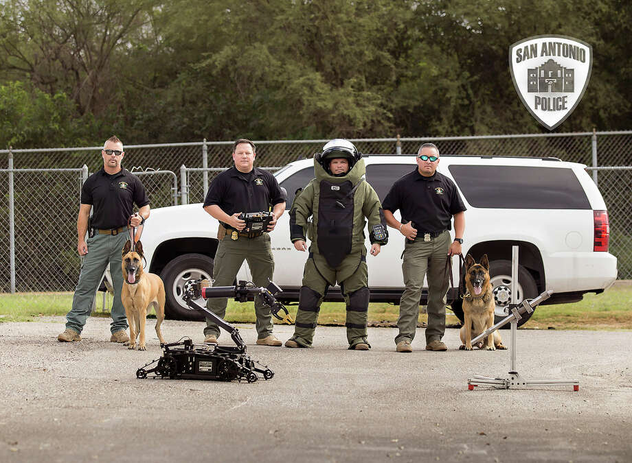 San Antonio Police Chief William McManus announced the department will send two bomb technicians and a canine to assist the Austin Police Department. Photo: Courtesy San Antonio Police Department