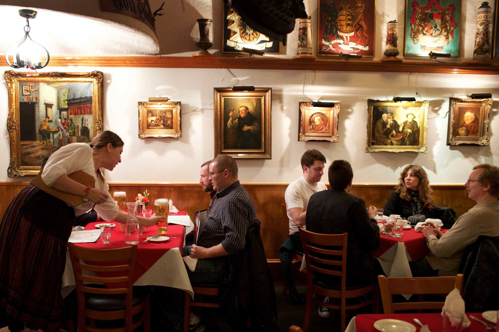 Grandma\'s food\': How changing tastes are killing German restaurants ...