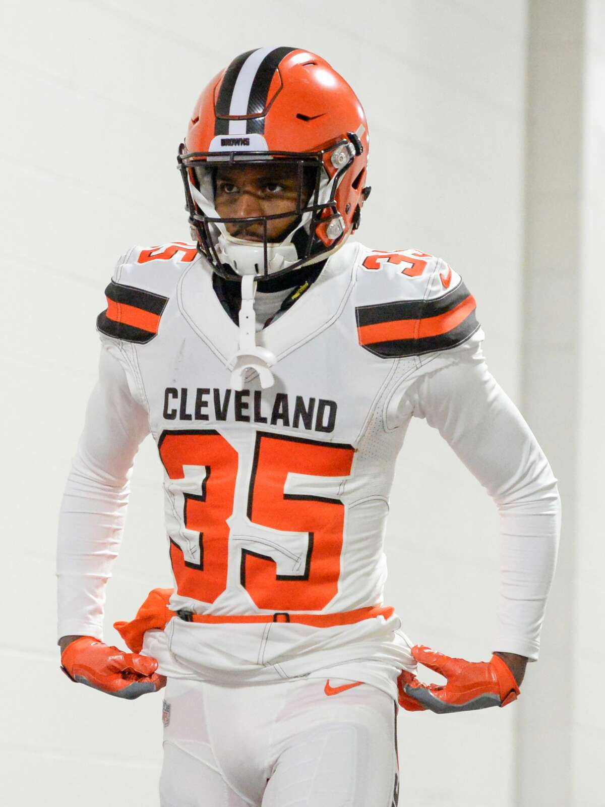 PITTSBURGH, PA - DECEMBER 31, 2017: Defensive back C.J. Smith #35 of the Cleveland Browns walks down the tunnel toward the field prior to a game on December 31, 2017 against the Pittsburgh Steelers at Heinz Field in Pittsburgh, Pennsylvania. Pittsburgh won 28-24. (Photo by: 2017 Nick Cammett/Diamond Images/Getty Images)