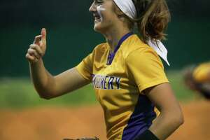 Montgomery's Maggie Hendrix (9) takes the field during the softball game against College Park on Friday, March 9, 2018, at Montgomery High School. (Michael Minasi / Houston Chronicle)