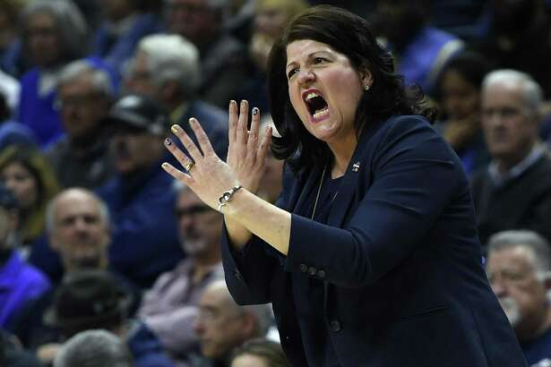 Quinnipiaccoach Tricia Fabbri gestures during the first half a second-round game against UConn on Monday in Storrs.