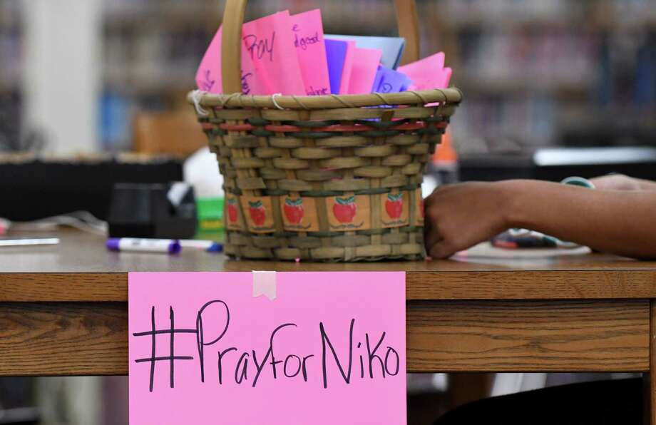 Colonie High School students write cards in support of classmate Niko DiNovo on Monday, Oct. 31, 2016, at Colonie High School in Colonie, N.Y. DiNovo sustained injuries during a weekend car crash at Blessing's Tavern. (Will Waldron/Times Union) Photo: Will Waldron / 20038618A