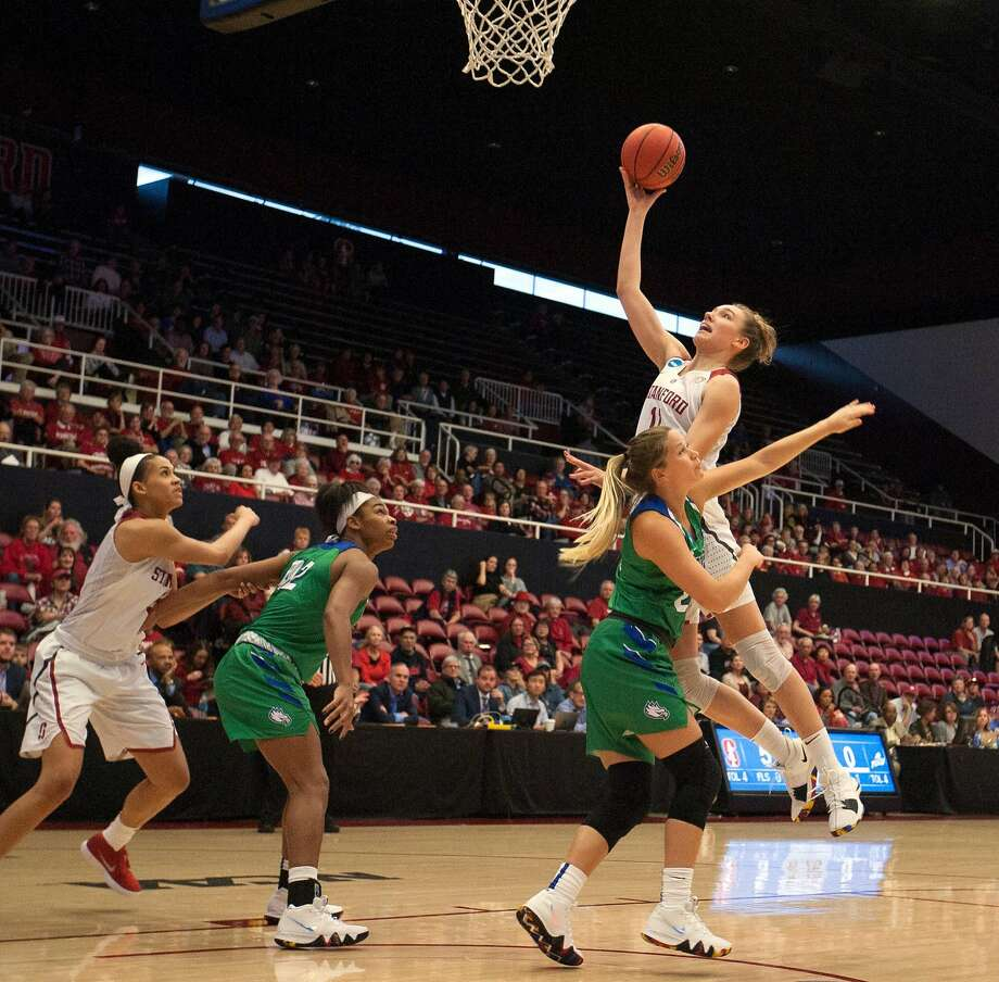 Stanford forward Alanna Smith (11) scores over Florida Gulf Coast guard Taylor Gradinjan (24) during the first half of an NCAA Division I Women's Basketball Championship game, on Monday, March 19, 2018 in Stanford, Calif. Photo: D. Ross Cameron, Special To The Chronicle