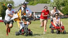 The 12th annual Dignowity Hill Pushcart Derby promises another raucous day of racing Sunday at 2 p.m. at Lockwood Park. Click through the images for tips on how to compete in the East Side event.