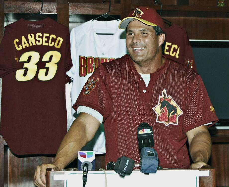 The Laredo Broncos lasted five seasons from 2006-10 playing at Veterans Field. The team replaced the departing Tecolotes from 2003 and even signed former American League MVP Jose Canseco as a designated hitter and bench coach. Photo: Laredo Morning Times Staff File / Laredo Morning Times