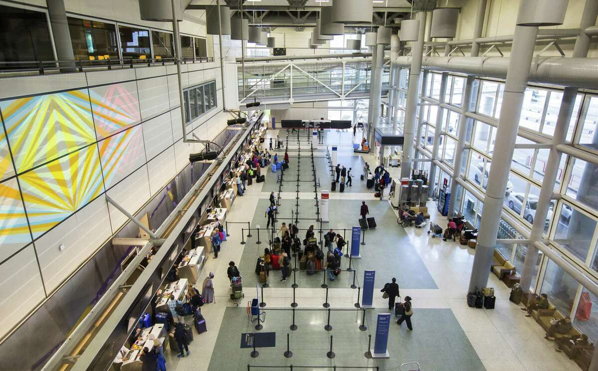 Part of the departures lobby at Terminal D at Bush Intercontinental Airport, Tuesday, March 20, 2018, in Houston.  ( Mark Mulligan / Houston Chronicle )
