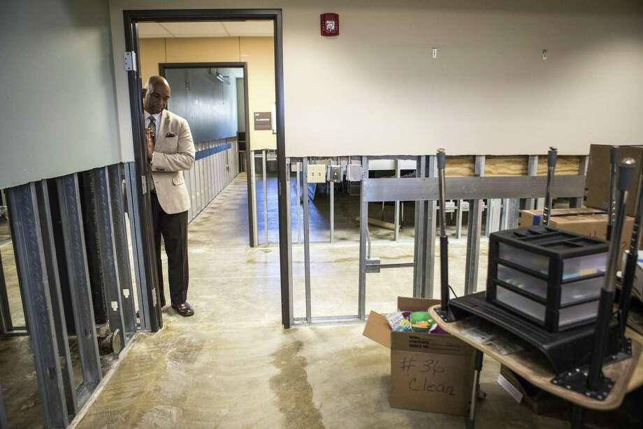 U S Education Chief Betsy Devos Pledges 174m To Texas Schools Disrupted By Harvey Houston Chronicle