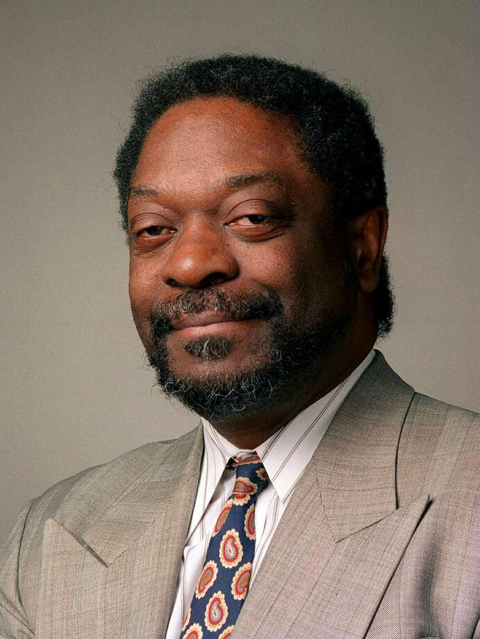 "This undated photo shows Les Payne, a journalist for nearly four decades with Newsday. The newspaper reported Tuesday, March 20, 2018, that Payne died unexpectedly Monday night at his home in Harlem. He was part of the Long Island newspaper's reporting team that won a Pulitzer Prize in 1974 for a series titled ""The Heroin Trail."" (Ken Spencer/Newsday via AP) Photo: Ken Spencer / Newsday"