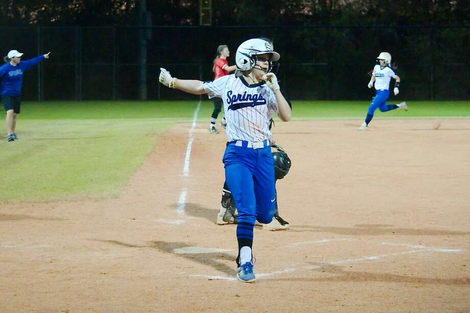 Clear Springs' Malorie Langford (1) crosses home plate to score a run against Clear Brook Tuesday, Mar. 20 at Clear Springs High School. Photo: Kirk Sides / Houston Chronicle