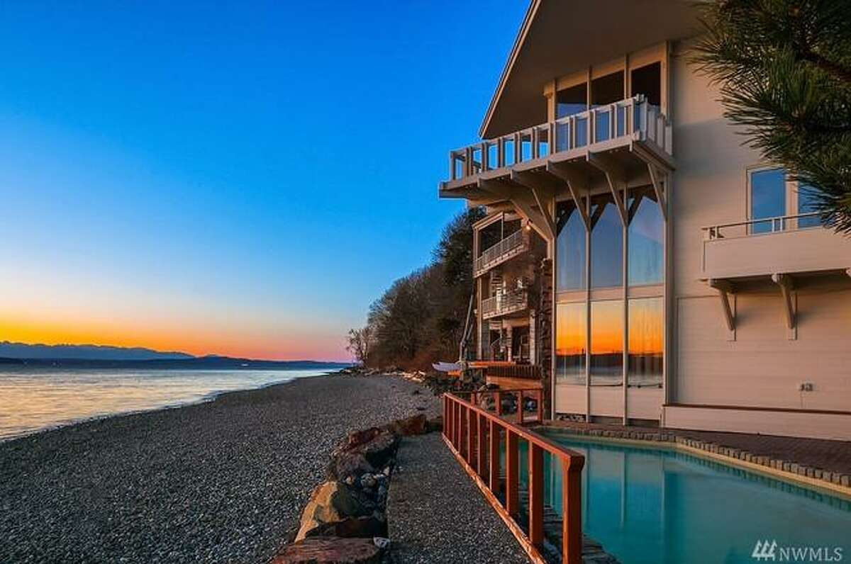 This contemporary offers 100 feet of Puget Sound waterfront. Architect Ralph Anderson built it in the early 1960s for his own family; yours could be the new owner for $1.950M.