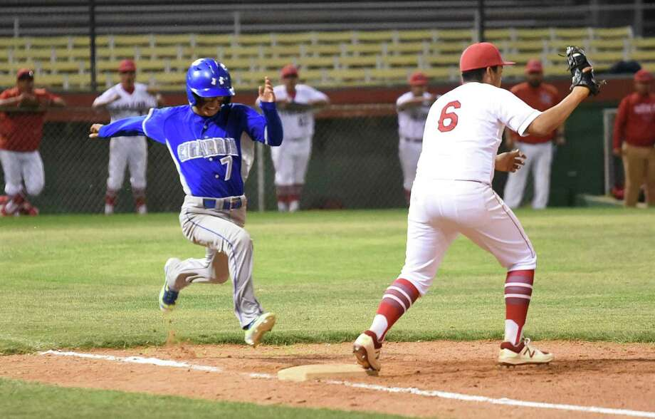 Luis Alvarez and Cigarroa (9-11, 5-2 Distrct 31-5A) ended their two-game losing streak late Tuesday night with a 14-5 victory over Martin (9-9, 2-4) at Veterans Field. Photo: Danny Zaragoza /Laredo Morning Times / Laredo Morning Times