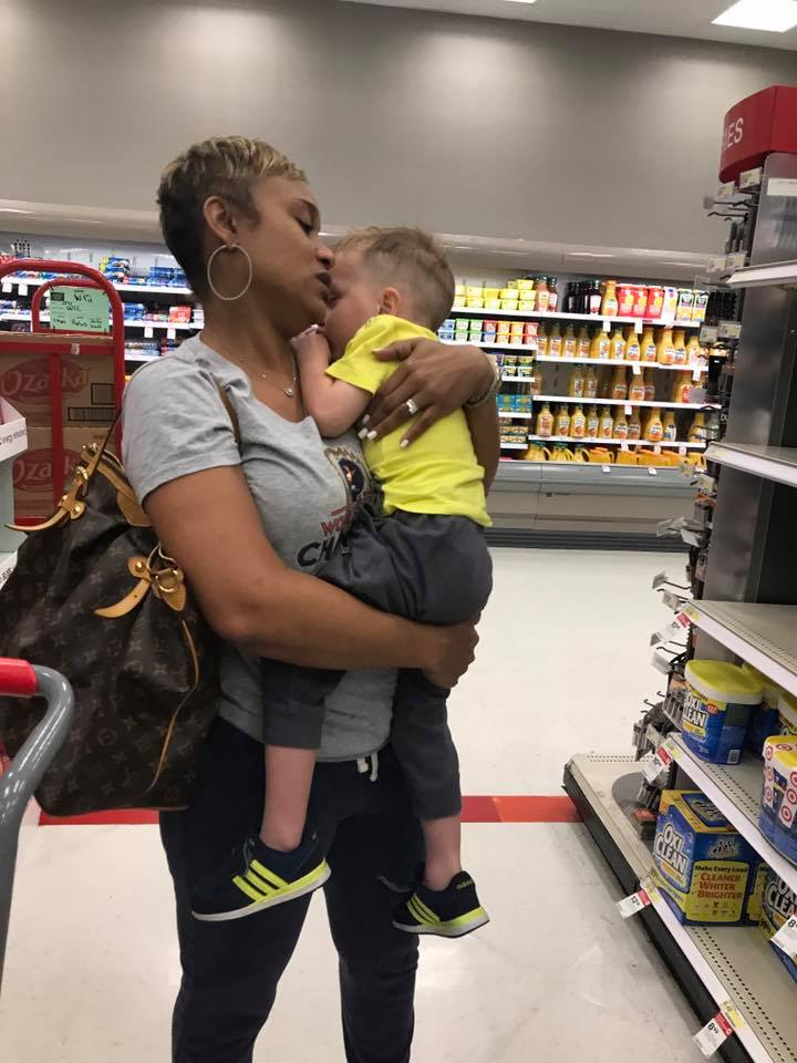 Viral photo: Kind stranger saves Texas mom in the middle of Target meltdown | My San Antonio
