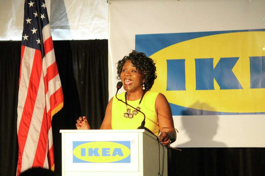Officials break ground on san antonio area ikea san for Ikea san antonio