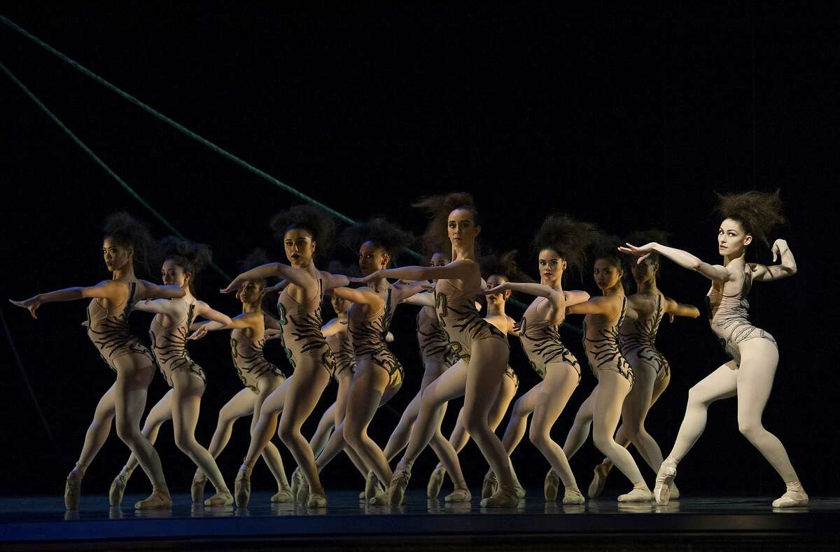 San Francisco Ballet dancers perform i Jerome Robbins' The Cage., as part of Program 5. San Francisco Ballet in Robbins' The Cage. (� Erik Tomasson)