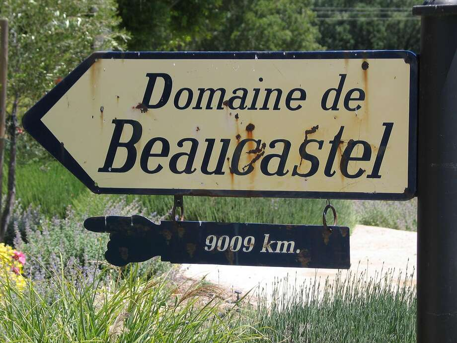 At Tablas Creek Vineyard, a sign points to its sister vineyard in France's Rhone Valley. Photo: John Flinn, /The Chronicle