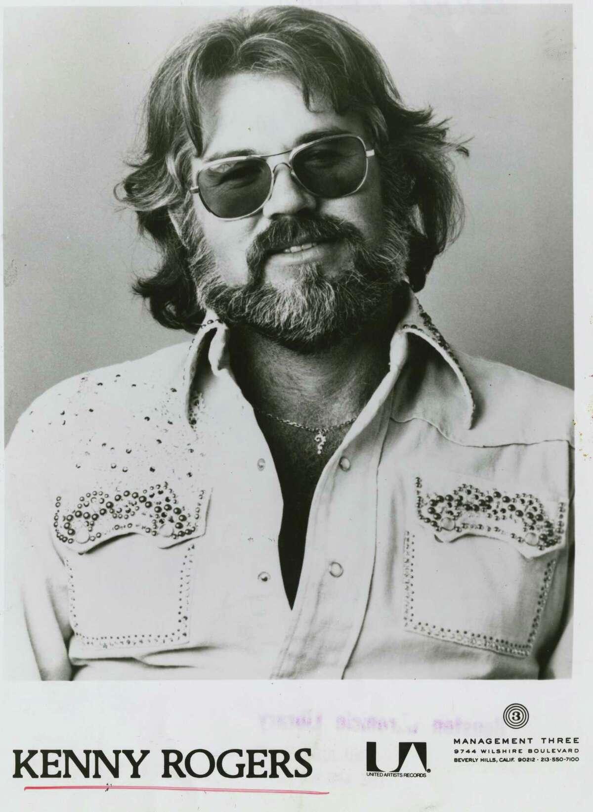 1977 - singer Kenny Rogers