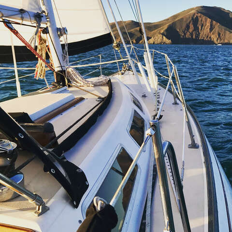 Here's how one Bay Area IT worker dumped her job for boat life on