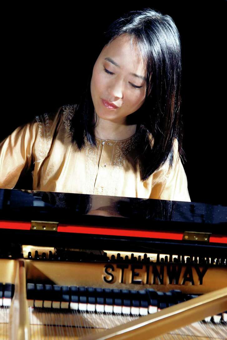 "Helen Sung's music  is constantly evolving. Take for example her latest album, ""Anthem for a New  Day."" During a recent interview, the jazz pianist and composer talked about that  album and how it fit into her musical career, noting that some of the pieces are  on the set list for her concert this weekend, when the Helen Sung Trio performs  at 4 p.m. on Sunday, March 19, at the Wilton Library's Hot & Cool: Jazz at  the Brubeck Room concert series."