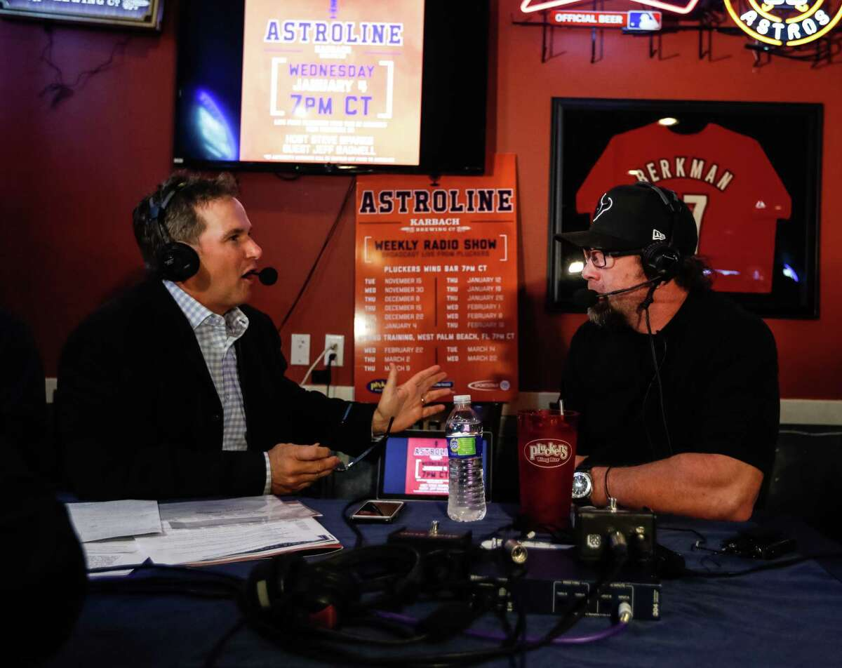 Astros analyst Steve Sparks, left, seen here interviewing Hall of Famer Jeff Bagwell, won't shy from discussing the team's electronic sign-stealing scandal during broadcasts this season.