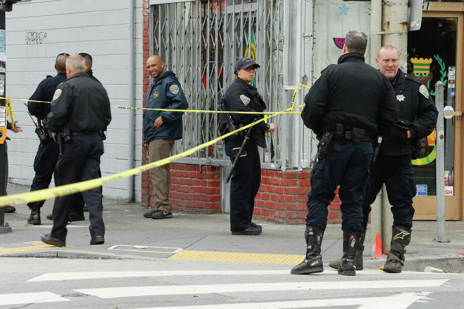 San Francisco Police and Emergency services respond to a shooting reported at Geneva and Mission Street in San Francisco on Wednesday March 21, 2018.The suspect in the shooting was identified as 21-year-old Suisun City resident Jehad Eid. Photo: Santiago Mejia / The San Francisco Chronicle
