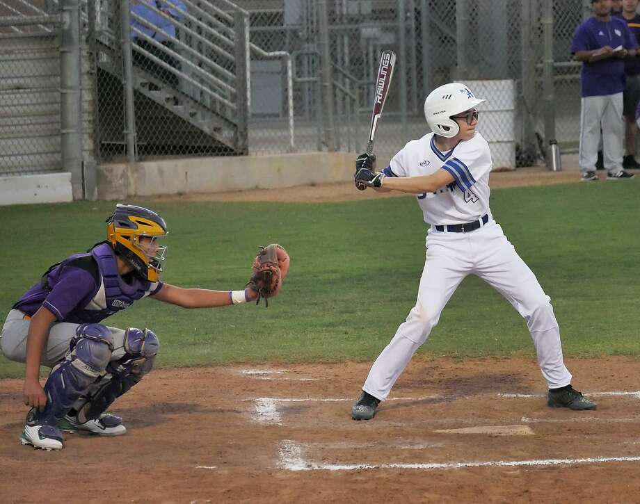 St. Augustine (2-3-1) will end its non-conference schedule with a game against Eagle Pass Winn JV on Wednesday at 5 p.m. Photo: Cuate Santos /Laredo Morning Times File / Laredo Morning Times