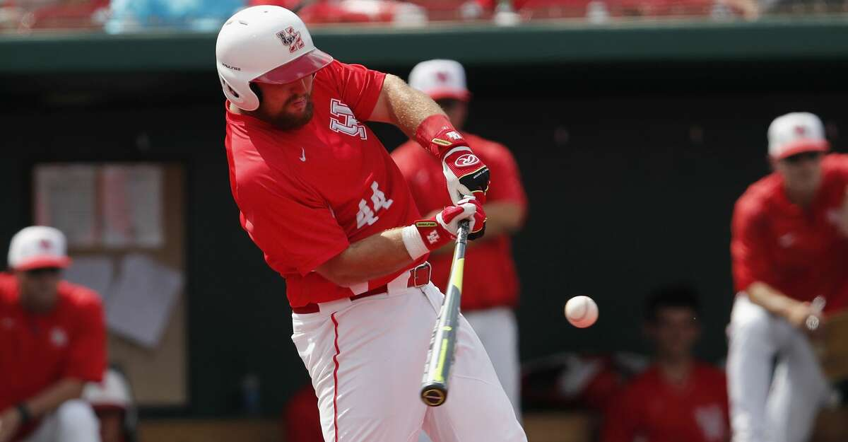 First baseman Joe Davis and the Cougars are moving up in the NCAA tournament projections.