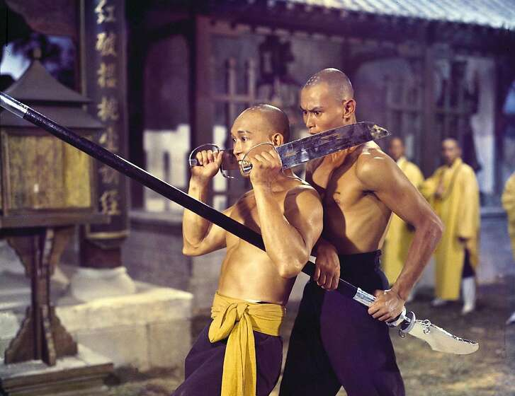"""THE 36TH CHAMBER OF SHAOLIN (1978) directed by Lau Kar-leung.  HOUCHRON CAPTION  (08/07/2003):  KUNG-FU FILMING: THE 36TH CHAMBER OF SHAOLIN CONTINUES """"HEROIC GRACE,"""" THE MARTIAL-ARTS FILM SERIES AT THE MUSEUM OF FINE ARTS, HOUSTON."""