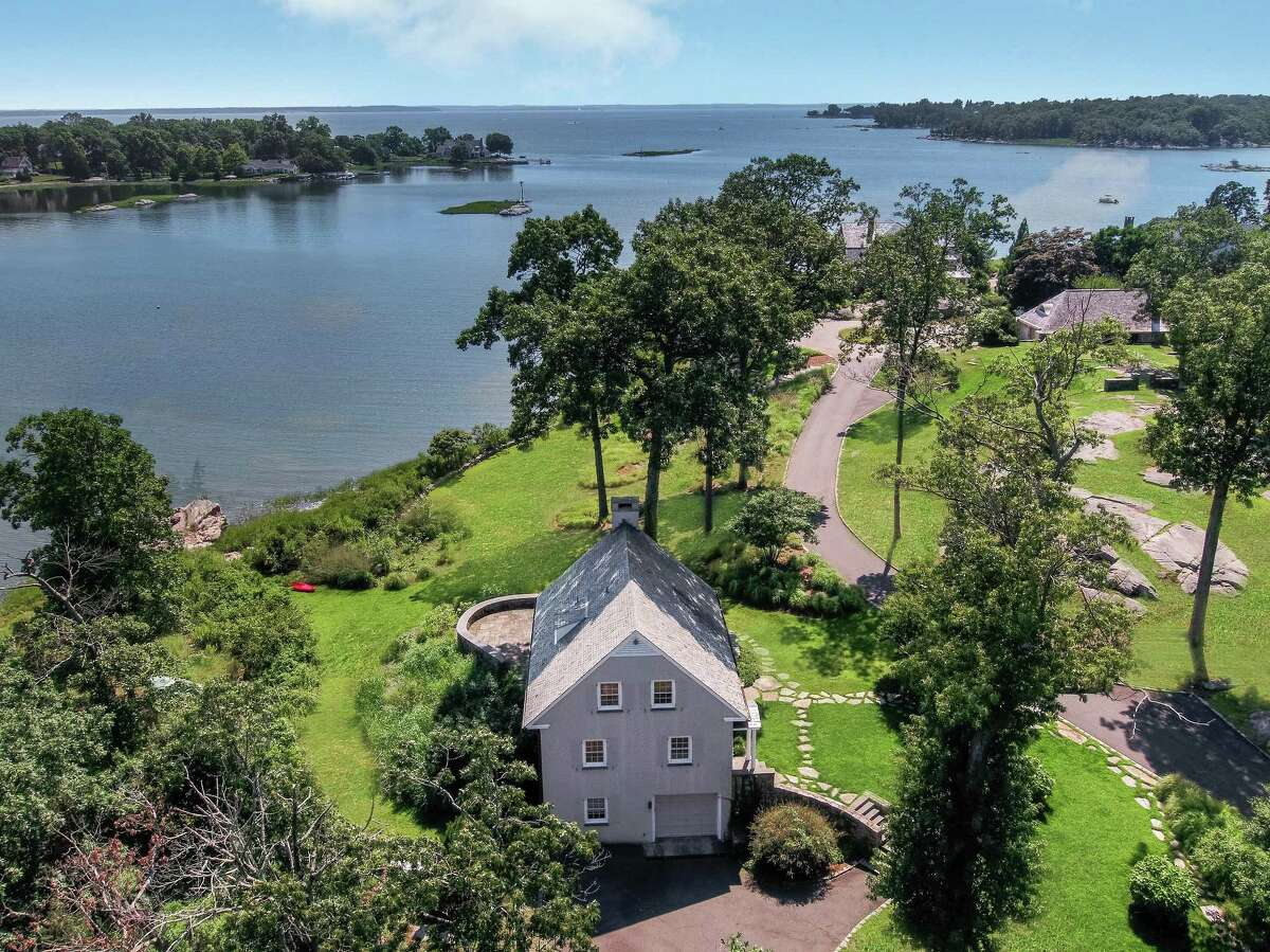 The seaside cottage, named Tellina, sits on a nearly three-acre property with almost 500 feet of direct water frontage along Scotts Cove, perhaps more water frontage than any other property in Darien.