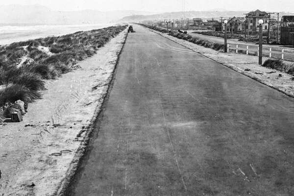 1919: The recently created Great Highway