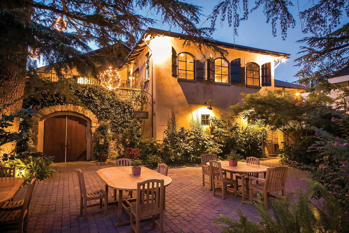 The spacious lawns, gardens and terraces of Wine & Roses in Lodi frequently host weddings and other events.
