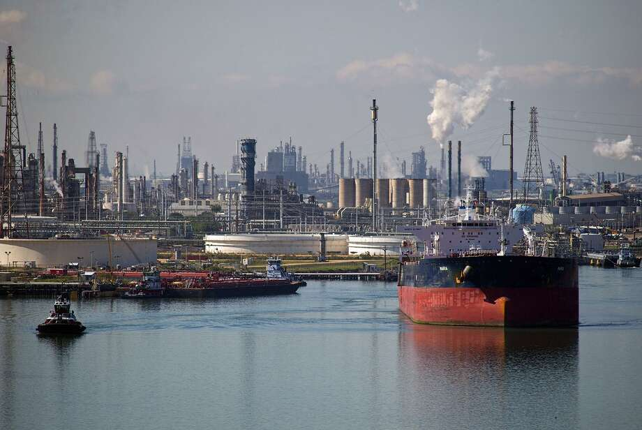 A tanker sails out of the Port of Corpus Christi in Texas after discharging crude oil at the Citgo refinery. Photo: Eddie Seal, Stf / Bloomberg / Bloomberg