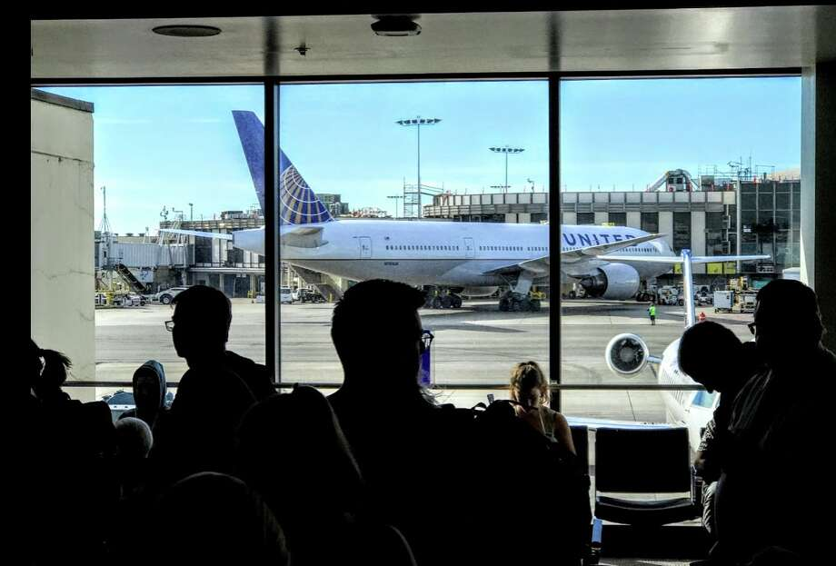 United pays passenger $10,000 to get off plane (Update Q&A