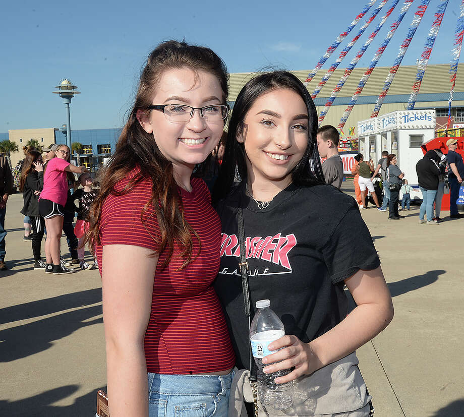 Siera Day and Kayla Williams were at the opening night of the 75th annual YMBL South Texas State Fair Thursday. The fair will run through April 1. Photo taken Thursday, March 22, 2018 Kim Brent/The Enterprise Photo: Kim Brent / BEN