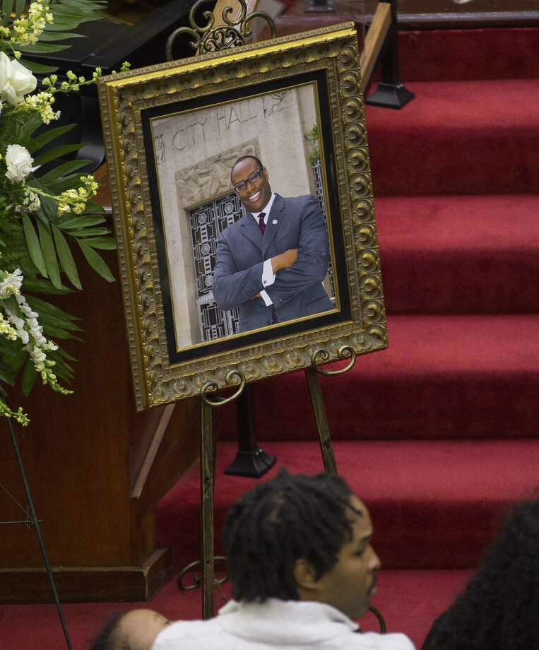 A photograph of Larry Green in front of Houston City Hall sits near his casket during a celebration of life service for Houston City Councilman Larry Vincent Green at Brentwood Baptist Church, Monday, March 12, 2018, in Houston. ( Mark Mulligan / Houston Chronicle ) Photo: Mark Mulligan, Houston Chronicle / Houston Chronicle / © 2018 Houston Chronicle