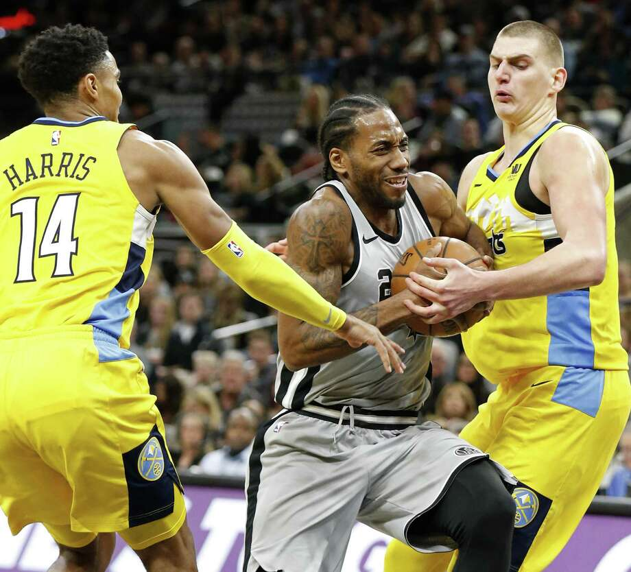 Kawhi Leonard helped the Spurs beat Denver in January. Photo: Edward A. Ornelas /San Antonio Express-News / © 2018 San Antonio Express-News