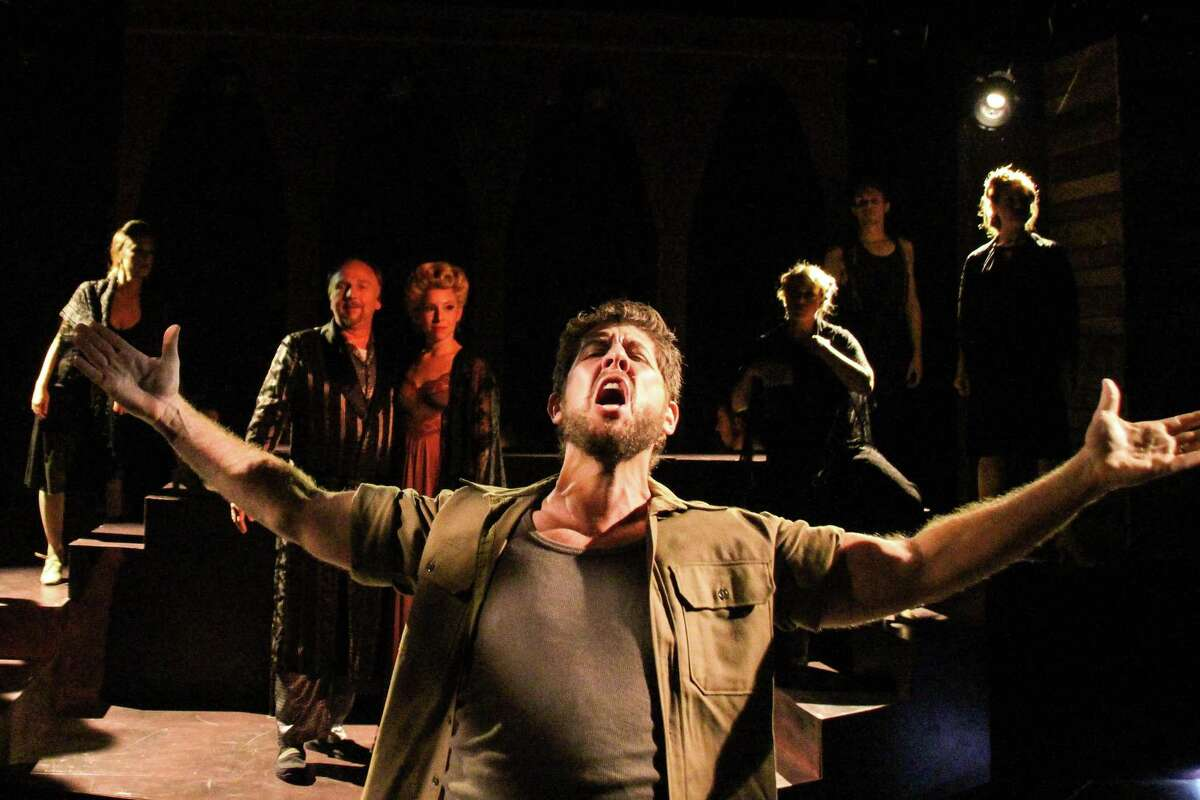 Daniel C. Levine played Che in the 2015 production of