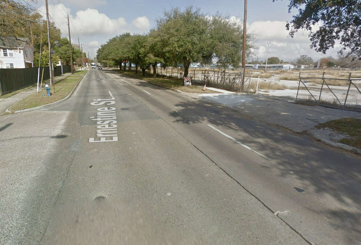 30. 2001-2011 Ernestine St, Houston, TX 77023 Number of potholes filled here in 2017: 41