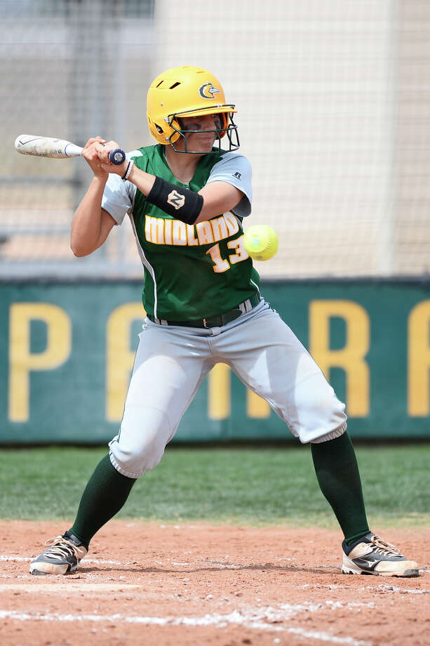 Midland College's Mackenzie Hoots (13) bats against Frank Phillips College on March 23, 2018, at MC. James Durbin/Reporter-Telegram Photo: James Durbin