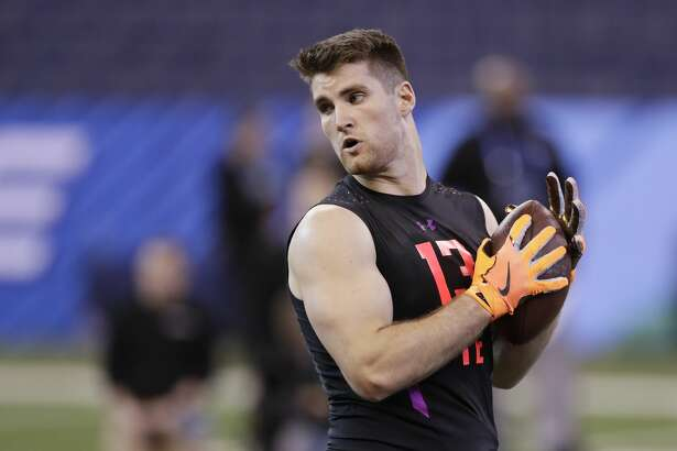 Stanford tight end Dalton Schultz runs a drill at the NFL football scouting combine, Saturday, March 3, 2018, in Indianapolis. (AP Photo/Darron Cummings)