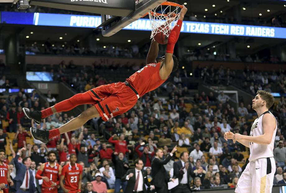 Click ahead for free and cheap Final Four events in San Antonio.College Slam Dunk and 3-point ChampionshipsThursday, March 29 in Bill Greehey Arena at St. Mary's University - 8 p.m. (live on ESPN)Tickets are $15 Photo: Mary Schwalm, Associated Press