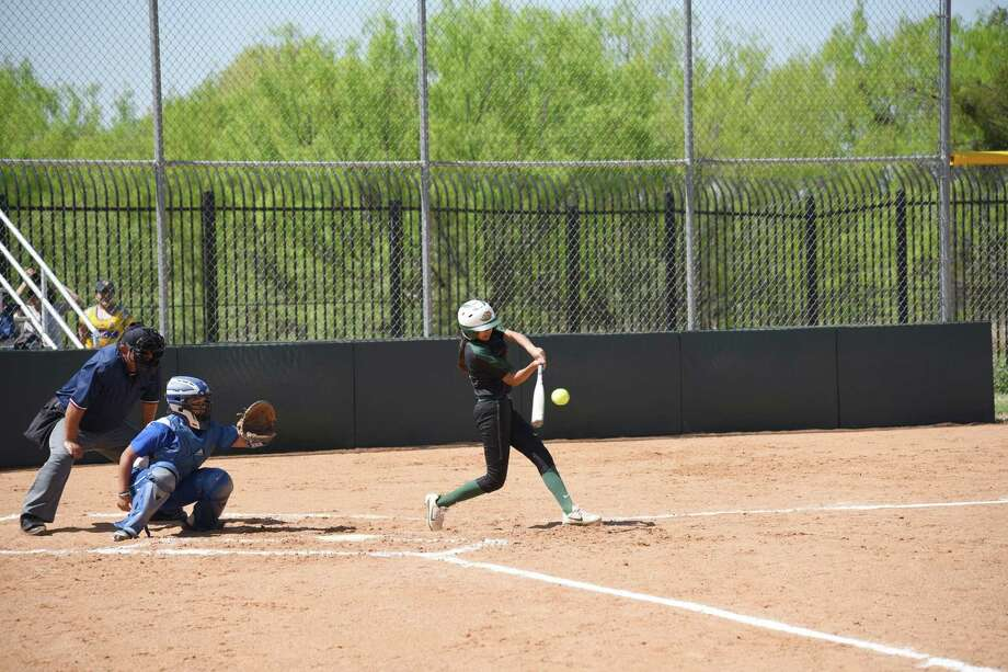 LCC softball (6-20, 2-12 Region XIV) ended its nine-game losing streak with an 8-5 victory over second-place Blinn College in the latter of Sunday's doubleheader. Photo: Christian Alejandro Ocampo /Laredo Morning Times / Laredo Morning Times