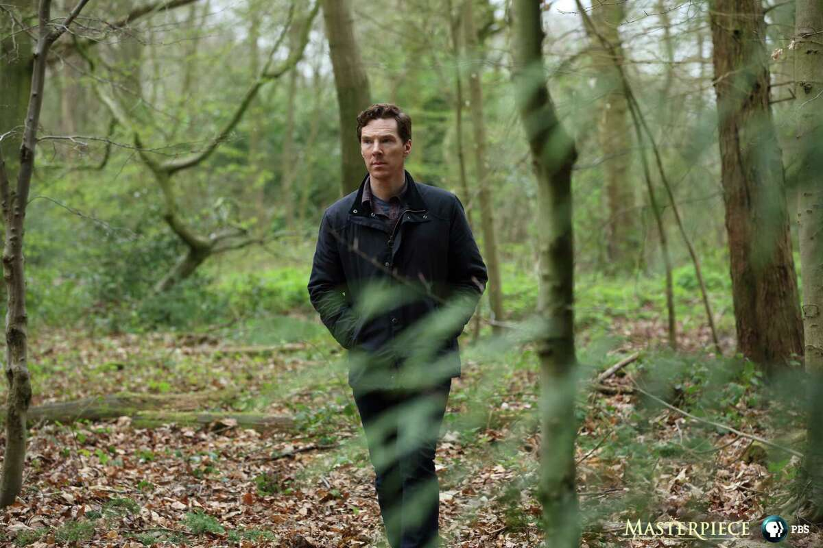Benedict Cumberbatch's character, Stephen Lewis, is cata pulted back to his childhood after his daughter goes missing.