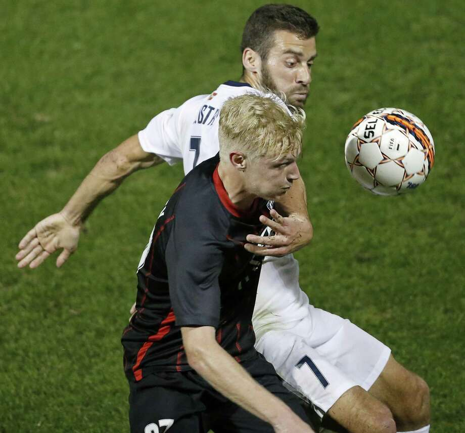 San Antonio FC's Connor Presley and Saint Louis FCÕs Joey Calistri go after the ball during first half action Saturday March 24, 2018 at Toyota Field. Photo: Edward A. Ornelas, Staff / San Antonio Express-News / © 2018 San Antonio Express-News