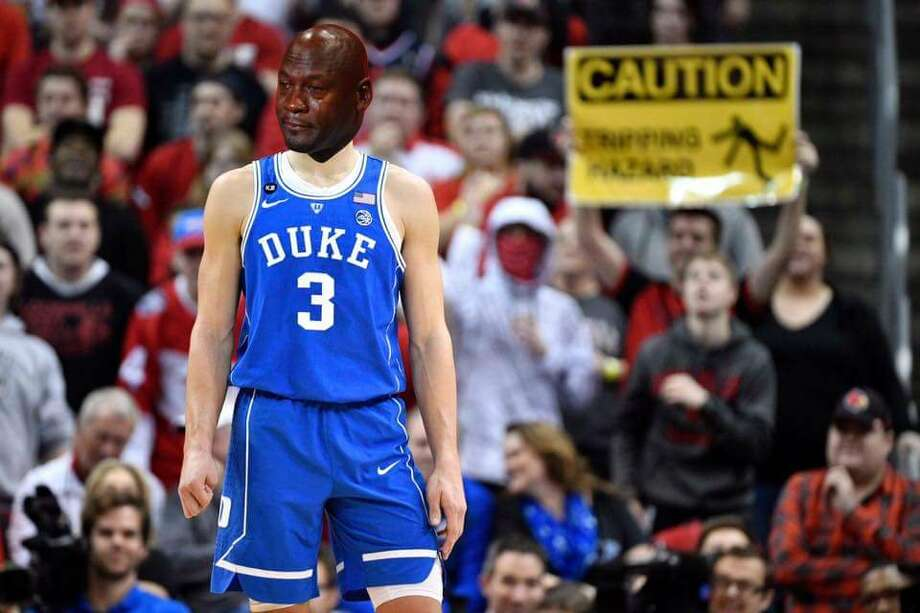 Source: TwitterBrowse through the photos for the best memes from Sunday's Elite Eight games.  Photo: Twitter