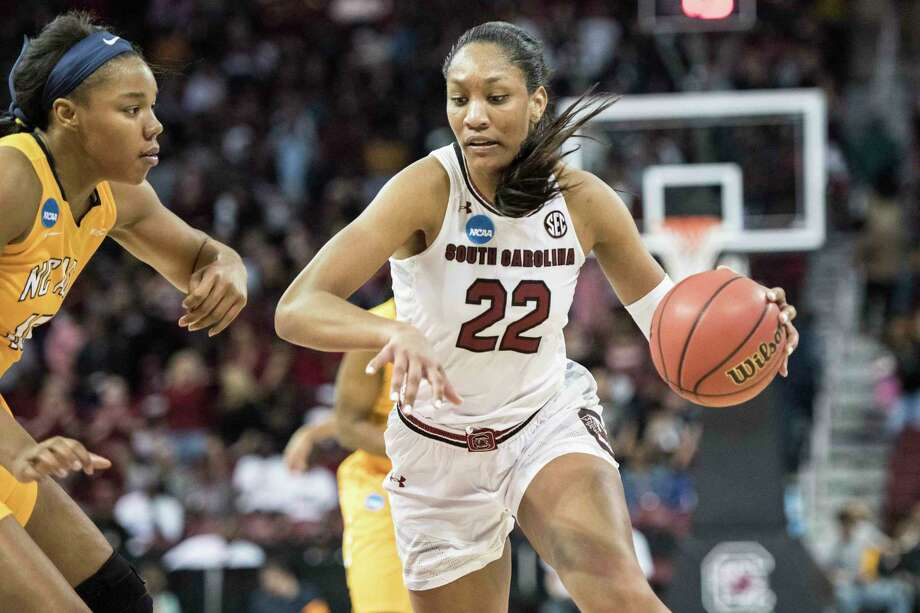 South Carolina forward A'ja Wilson, right,  drives to the hoop against North Carolina A&T forward Alexus Lessears, left, during the second half of a game in the first-round of the NCAA women's college basketball tournament, Friday, March 16, 2018, in Columbia, S.C. South Carolina defeated North Carolina A&T 63-52. (AP Photo/Sean Rayford) Photo: Sean Rayford / The Associated Press