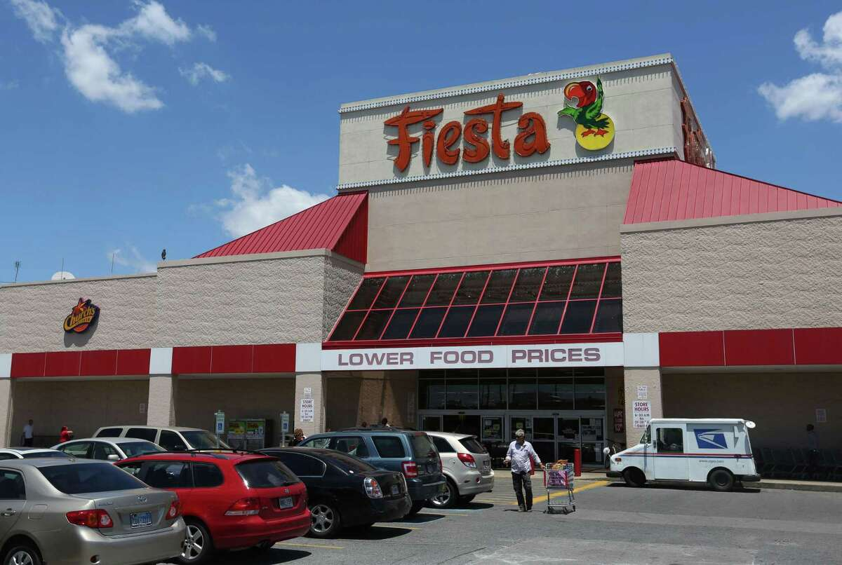 The Fiesta Mart at 4200 San Jacinto St. is closing.