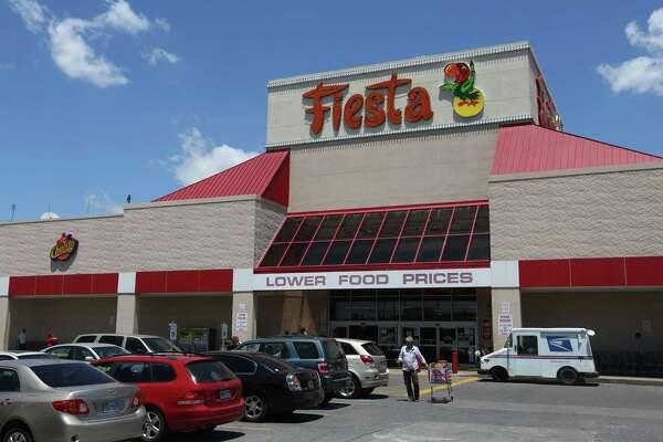 The Fiesta Mart at 4200 San Jacinto St. is closing.