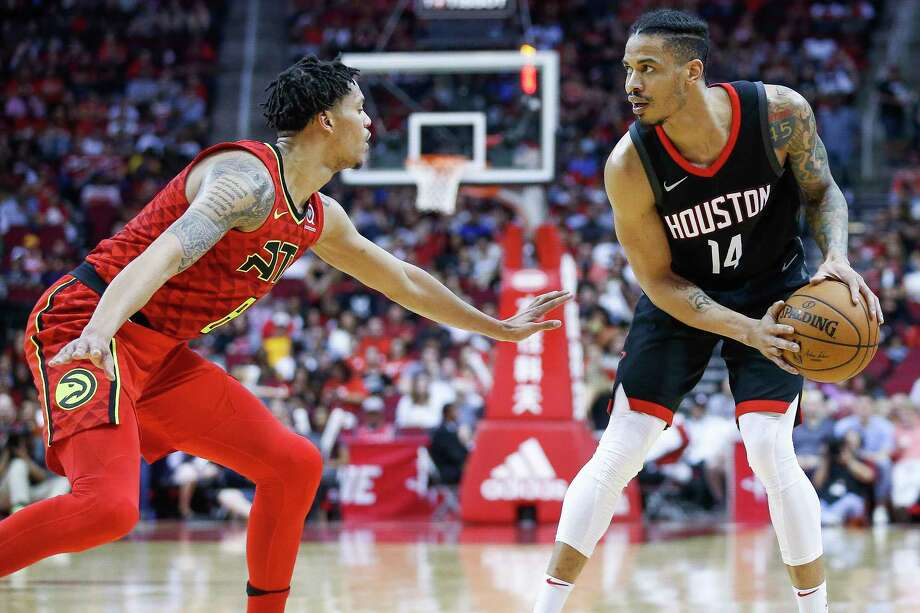 Houston Rockets guard Gerald Green (14) looks to make a move around Atlanta Hawks guard Damion Lee (8) during the second half as the Houston Rockets take on the Atlanta Hawks at the Toyota Center Sunday, March 25, 2018 in Houston. Photo: Michael Ciaglo, Houston Chronicle / Michael Ciaglo