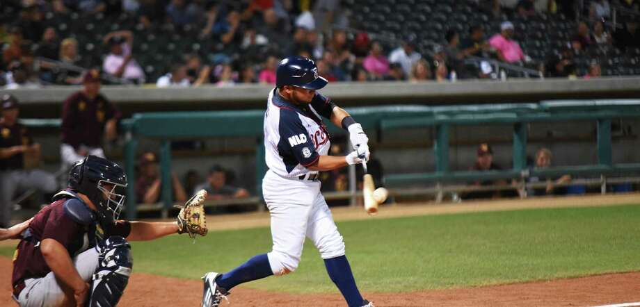 Tecolotes Dos Laredos shortstop Alejandro Rivero had an RBI Wednesday, but the Tecos allowed a combined seven runs in the sixth and seventh innings and lost 7-2 to Pericos de Puebla. Photo: Christian Alejandro Ocampo /Laredo Morning Times File / Laredo Morning Times