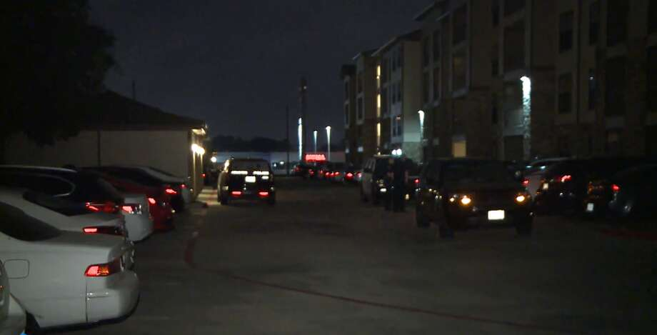 One man was shot in an attempted robbery outside of his Eldridge-area apartment, Sunday, March 25, 2018. Photo: Metro Video